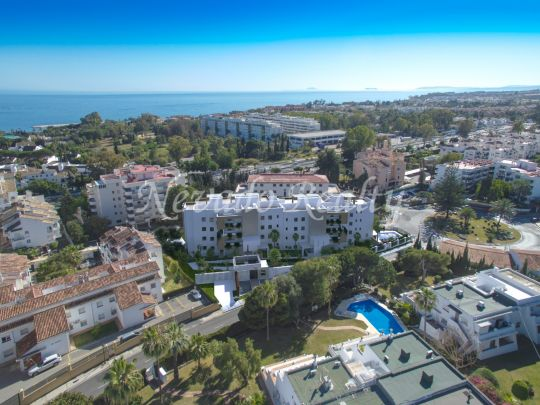 brand new penthouses and apartments with large terraces in Puerto Banús