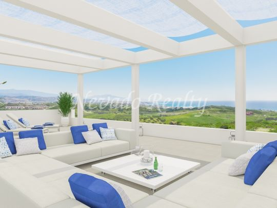 Penthouses, apartments and townhouses with uninterrupted views to the sea and golf