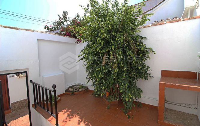 Town House for sale in Carib Playa, Marbella East