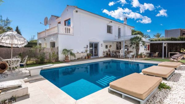 Family home in Marbella Golden Mile