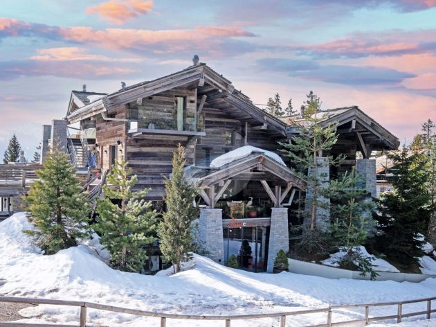 Chalet for sale in Montana