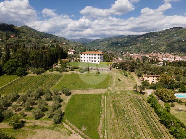 Villa Guardatoia & Casa Natalino, Tuscany, Italy