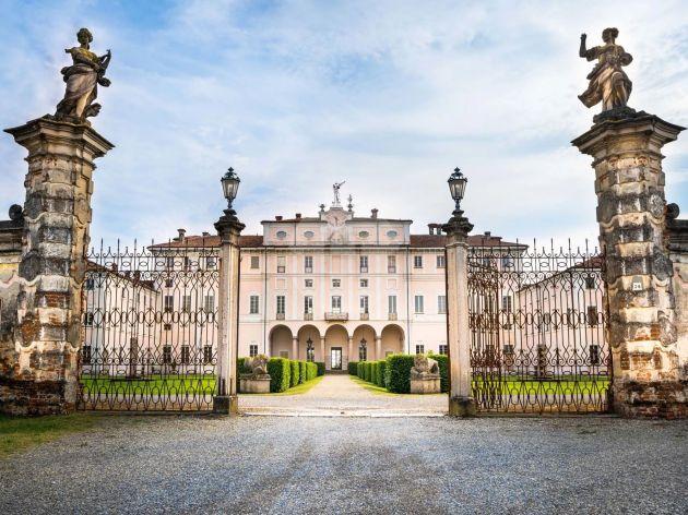 Villa for sale in Milano