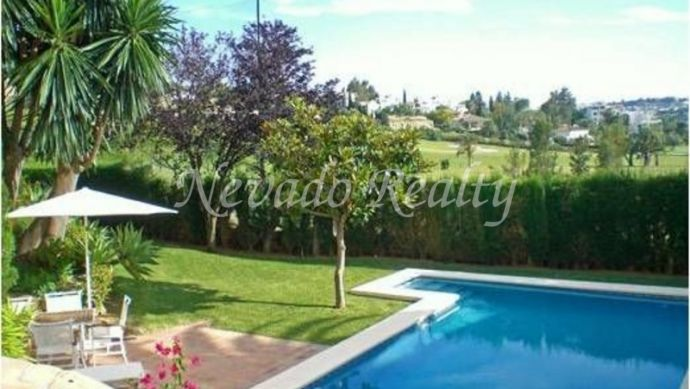 Nice villa situated in Nueva Andalucía, in the Golf Valley