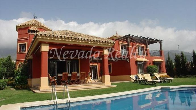Villa close to Marbella centre