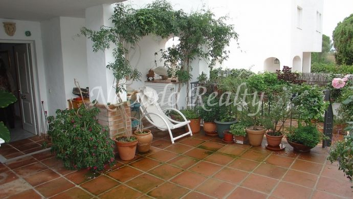 Charming townhouse on 3 floors situated near Marbella centre.