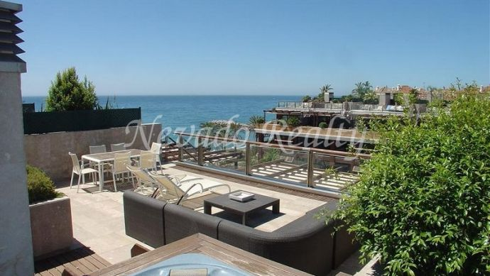 Beautiful furnished penthouse with solarium near Banús