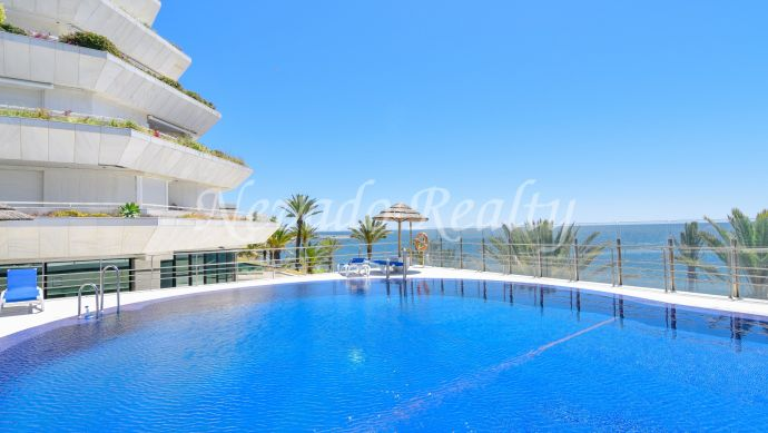 Apartment for sale on the beachfront in the center of Marbella
