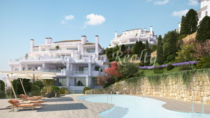 Spacious penthouses and apartments with fantastic views, social club, swimming pools, spa and fitness