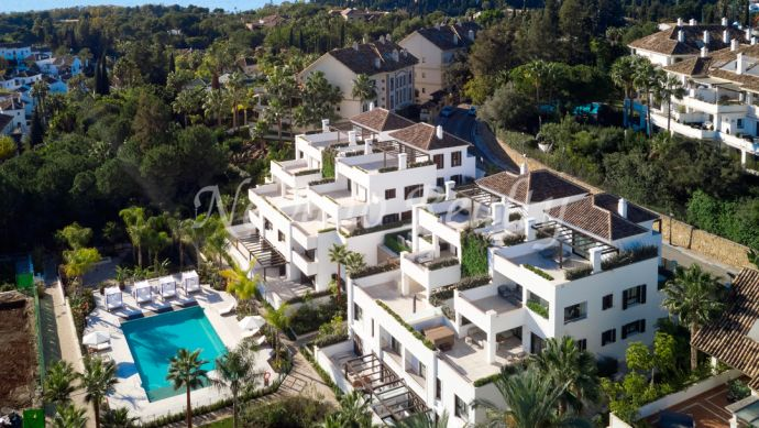 New phase of luxury brand new apartments and penthouses  for sale on Marbella's Golden Mile