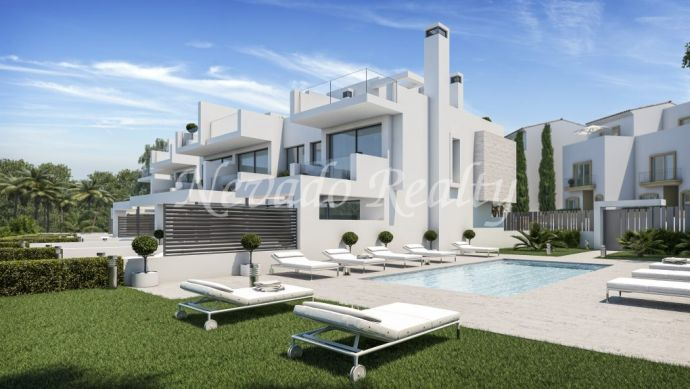 Project of 6 boutique houses 50 meters from the beach in Estepona