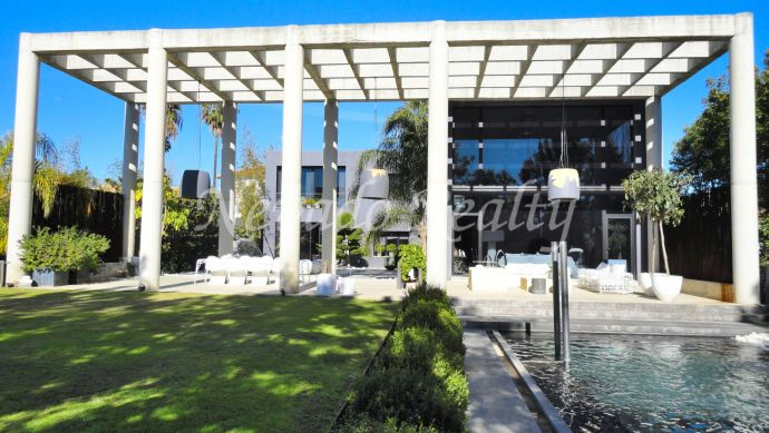 Unique stylish villa avant-garde for sale in Atalaya Golf