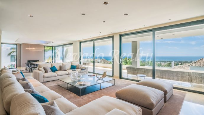 Impeccable duplex penthouse for sale in an exclusive and private urbanization in Sierra Blanca