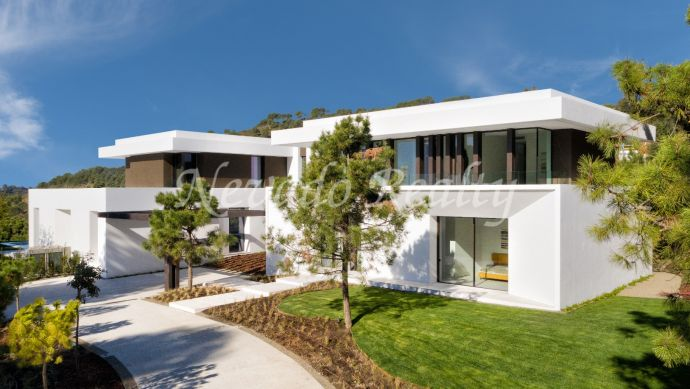 Brand new villa for sale in Marbella