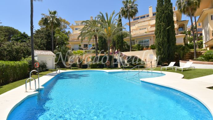 Spacious fully refurbished corner apartment for sale in Marbella