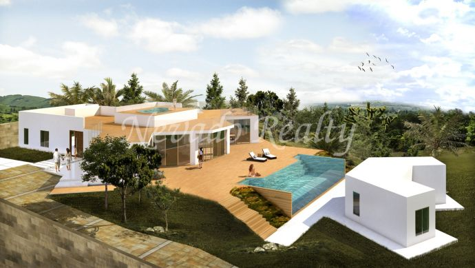 Fully refurbished villa for sale on a large plot in the Marbella Golden Mile