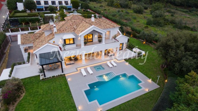 Exceptional villa for sale in Sierra Blanca Marbella, fully refurbished