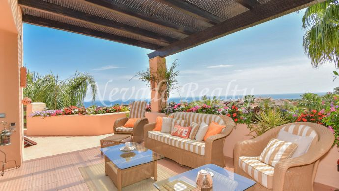 The best penthouse for sale in Mansion Club with magnificent panoramic sea views