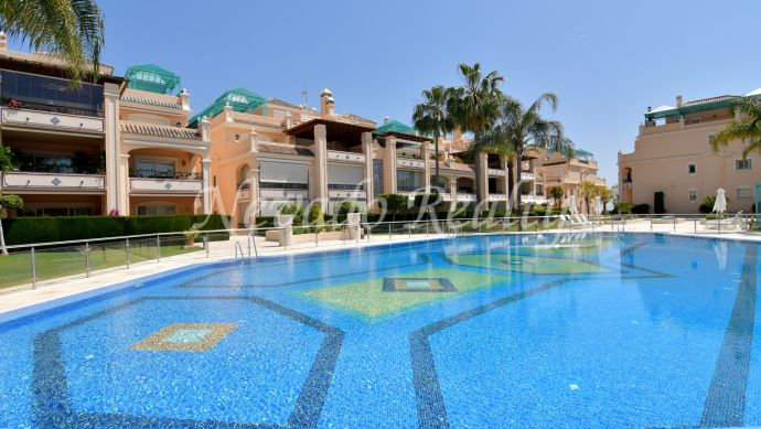 Impressive luxury penthouse for sale with magnificent views and solarium with barbecue