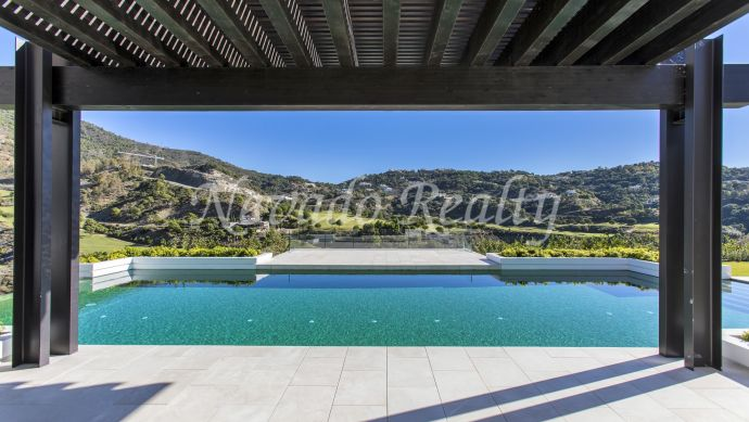 Brand new villa on the first line of golf in La Zagaleta