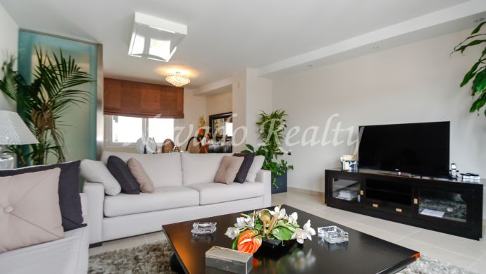 Fully refurbished penthouse in the center of Marbella