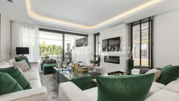 Brand new apartment for sale on Marbella's Golden Mile