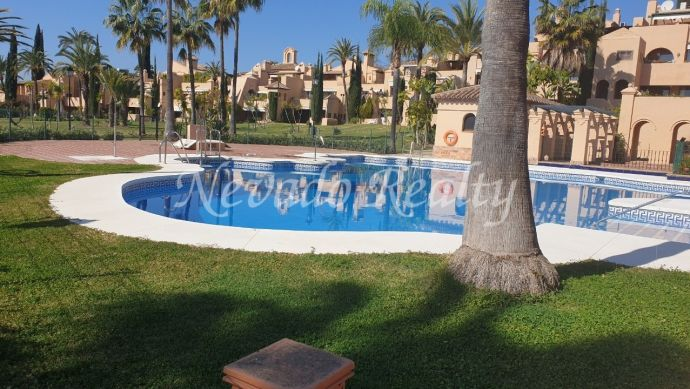 Ground floor apartment in La Cartuja Golf