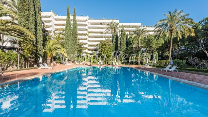 2 bedrooms apartmetn for short term rental in Marbella Centro