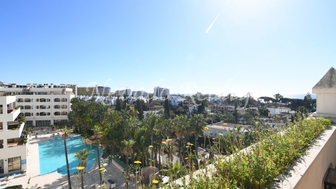 Duplex penthouse for sale on Marbella's Golden Mile
