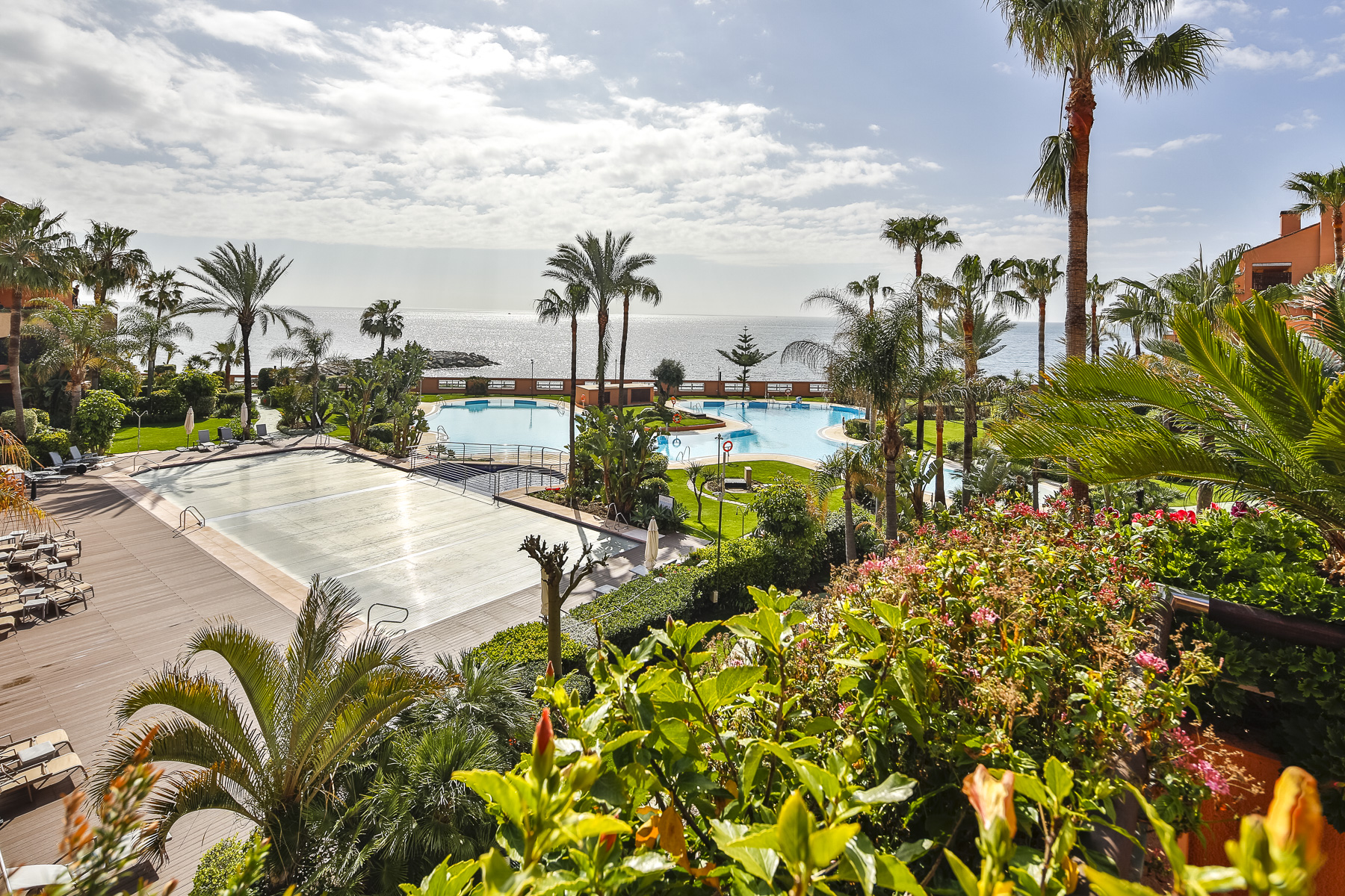 Apartment for Sale in Malibu, Marbella - Puerto Banus