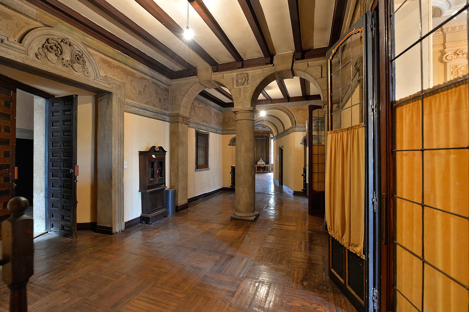 Apartment for Sale in Palacio, Madrid - Centro