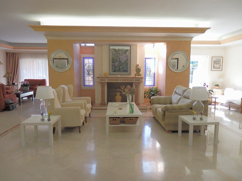 Apartment for Sale in Puerto,  Marbella - Puerto Banus