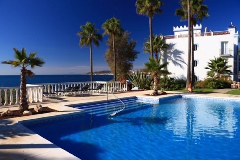 Lägenhet i Casares Playa