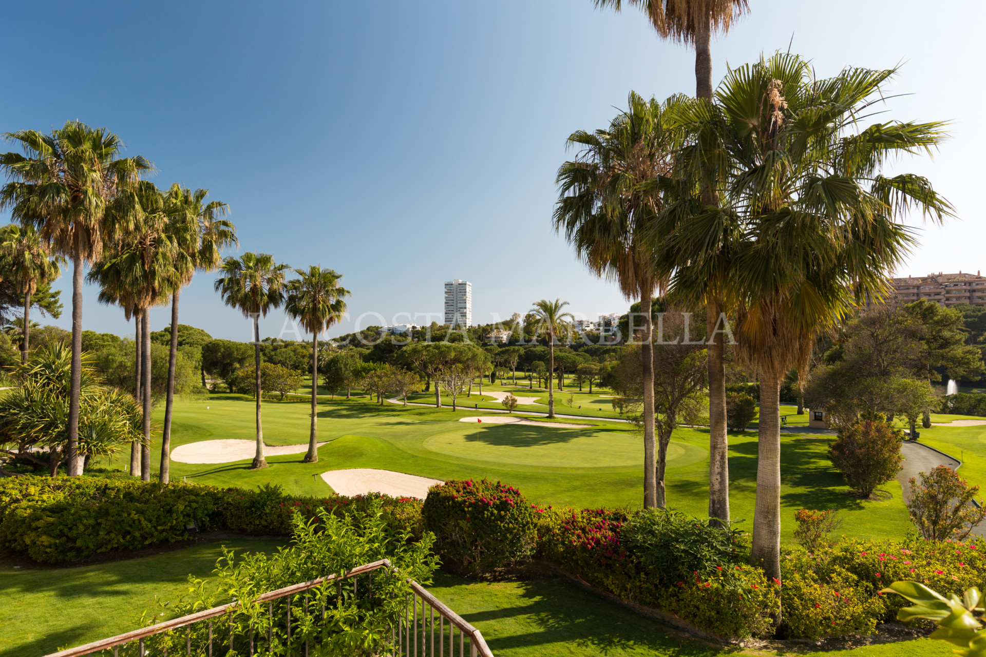 Modern, designer, front line golf, 2 bedroom apartment for sale in Rio Real Golf, Marbella