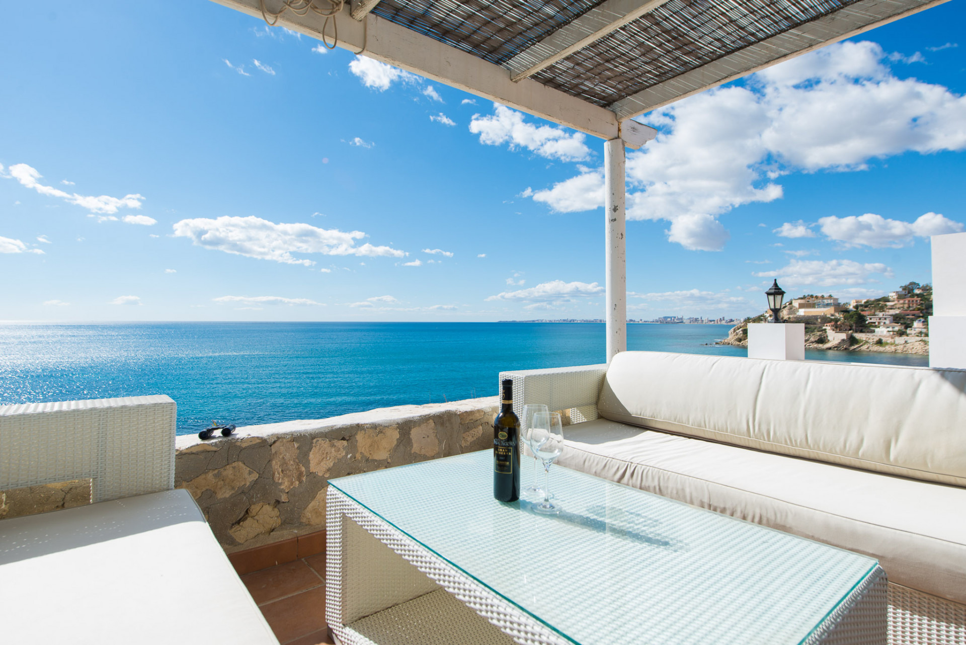 Villa with amazing sea view and pool