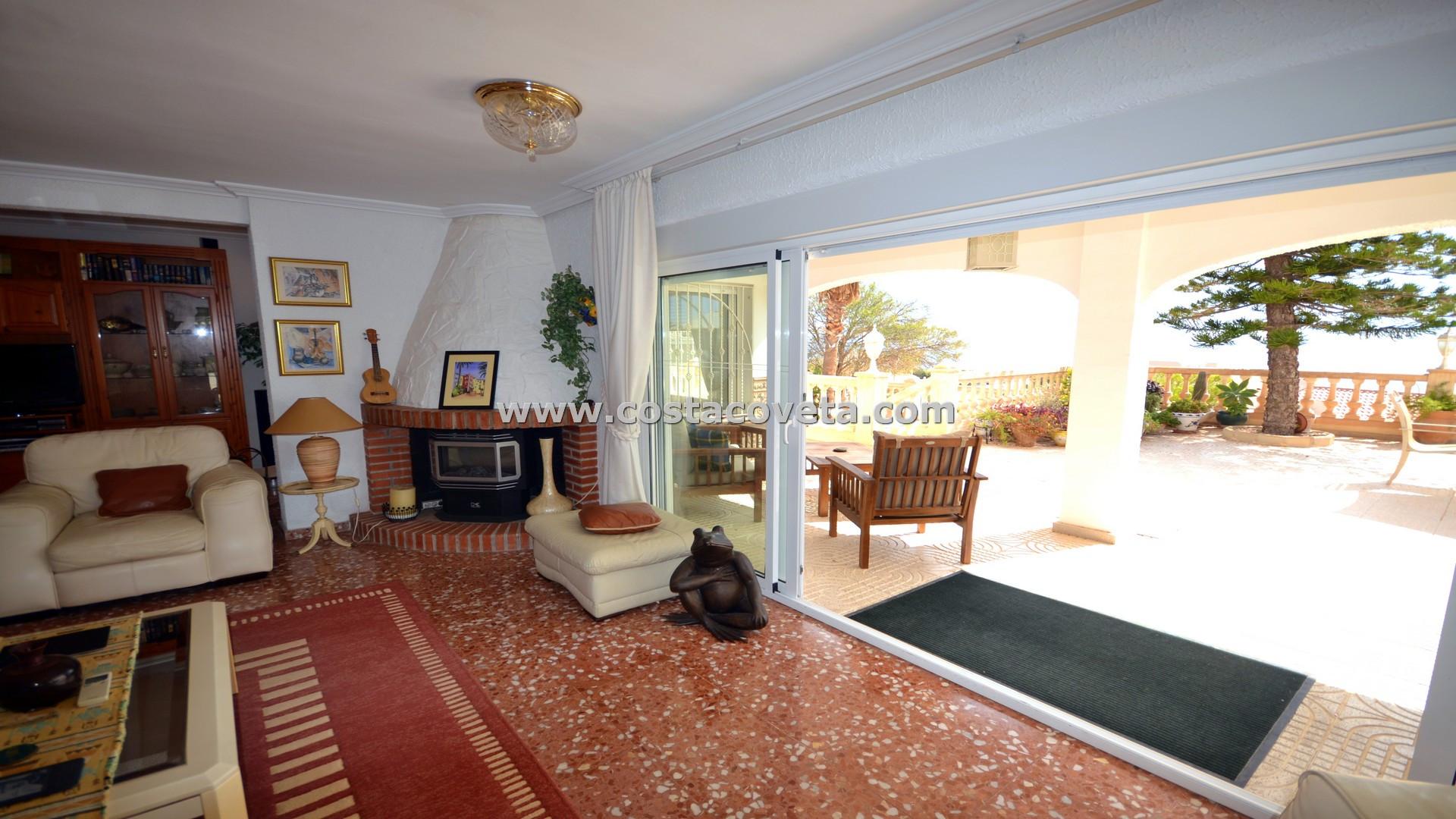 Wonderful detached villa with pool and amazing sea views in la Coveta Fuma