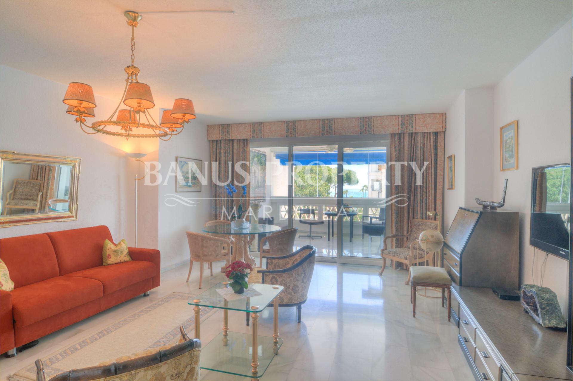 1-bedroom apartment apartment with sea views for rent in Playas del Duque, Puerto Banus