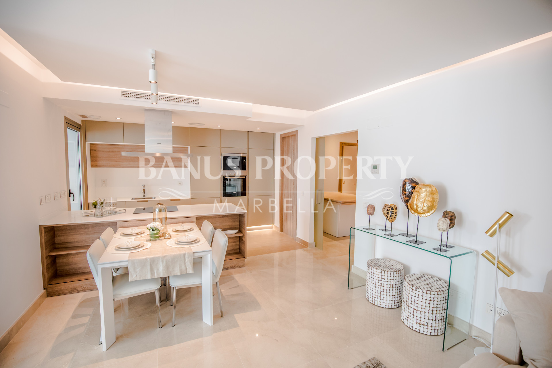 Brand new contemporary three-bedroom apartment for sale in Nueva Andalucía, Puerto Banus
