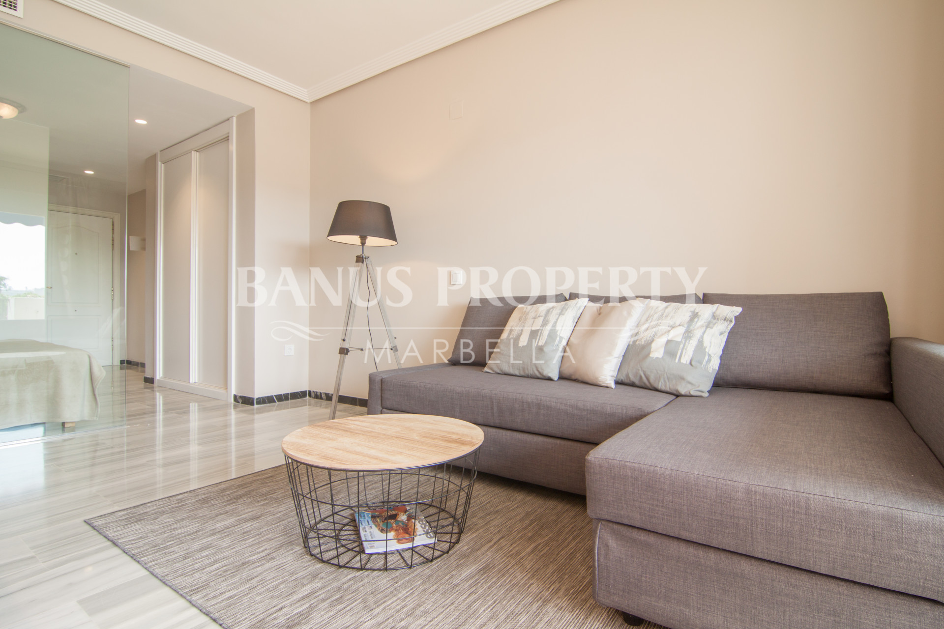 Modern third floor studio apartment for rent in Medina Garden, Puerto Banus