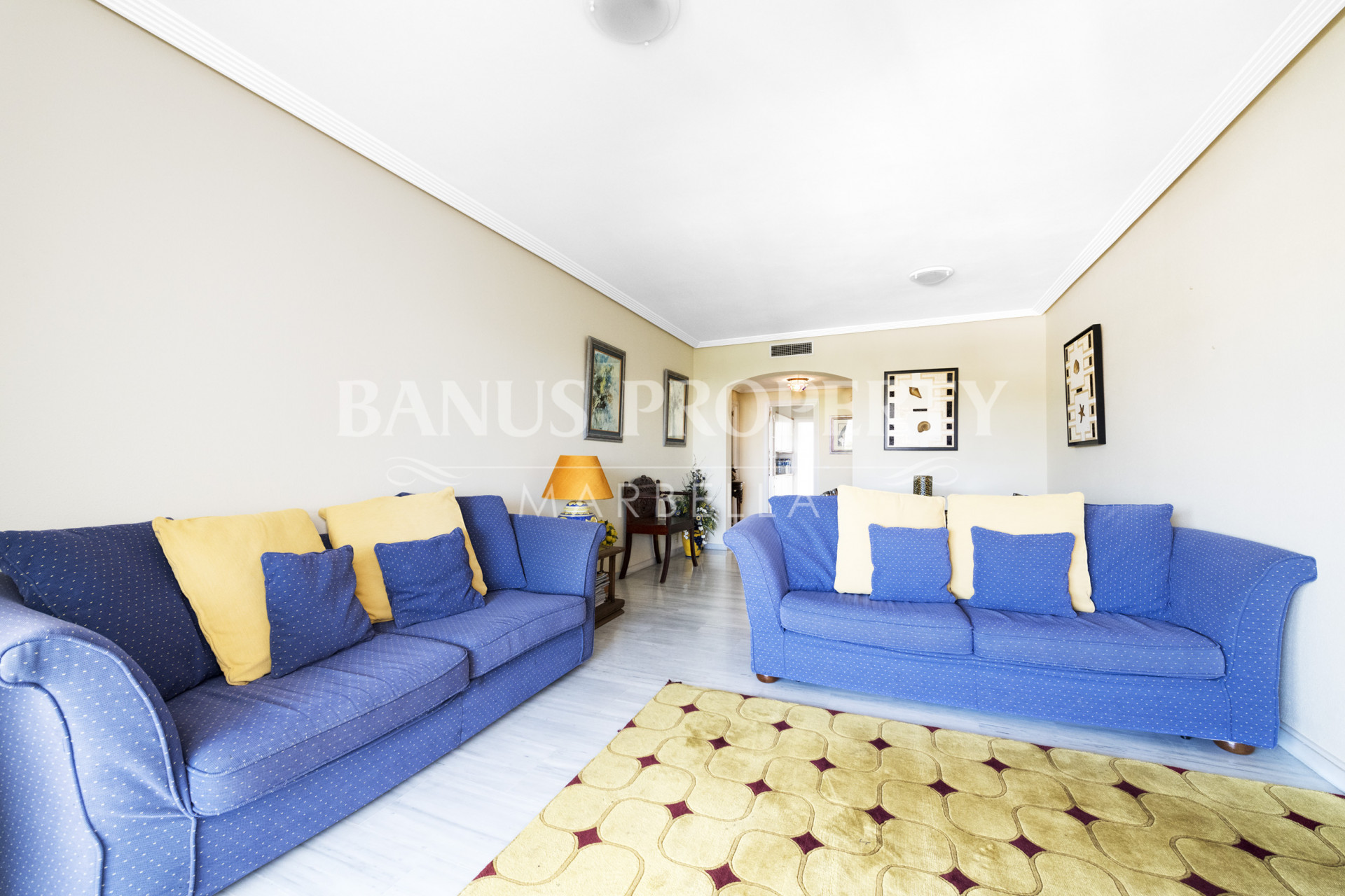 Stylish apartment for sale close to Puerto Banús beachside in Medina Gardens