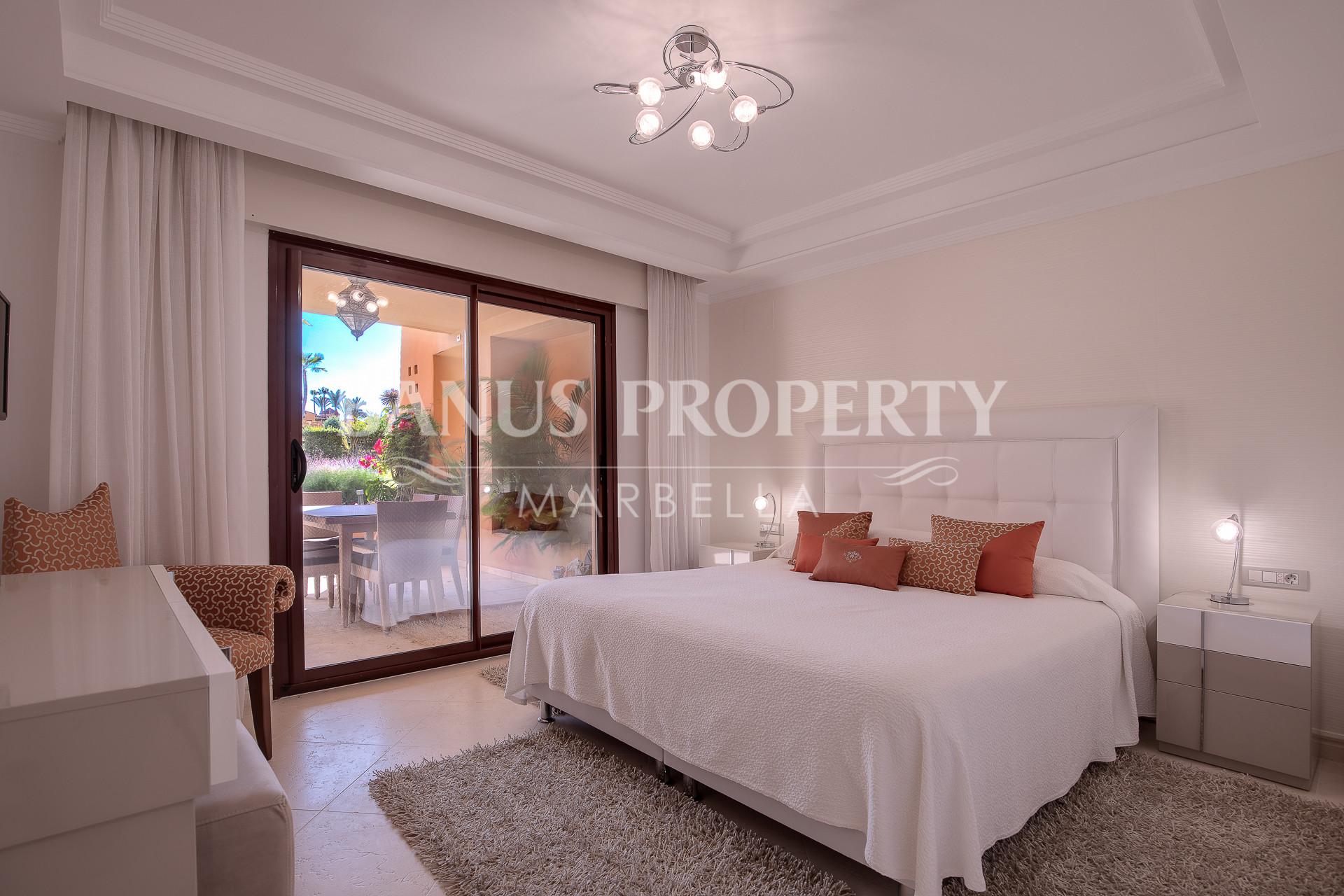 3-bedroom apartment with sunny and bright terrace in The Frontline Beach complex Los Granados del Mar- Estepona