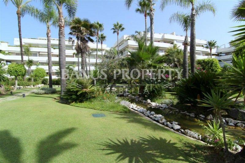 5-bedroom beachside apartment for sale in Los Granados Puerto Banus