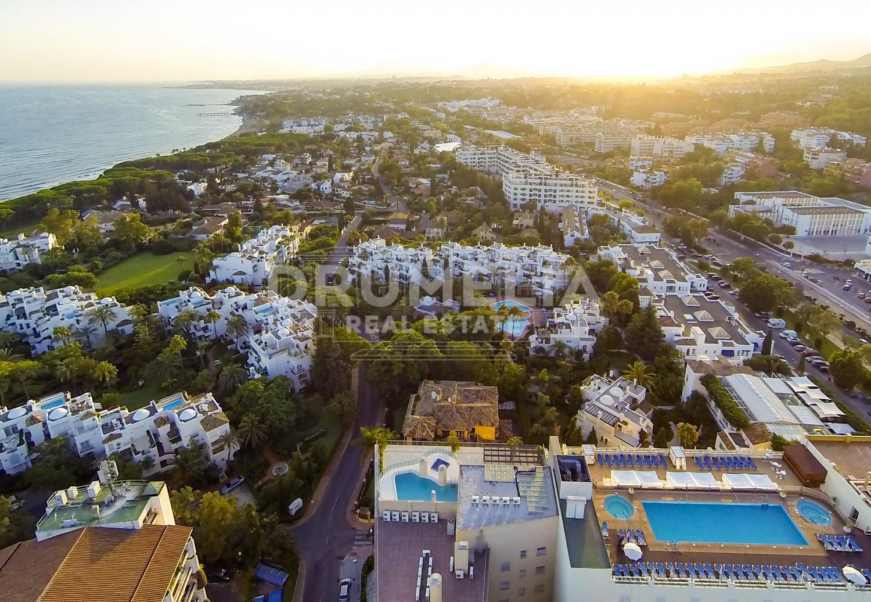 Fant stico tico en alhambra del mar marbella milla de oro - Atico en marbella ...