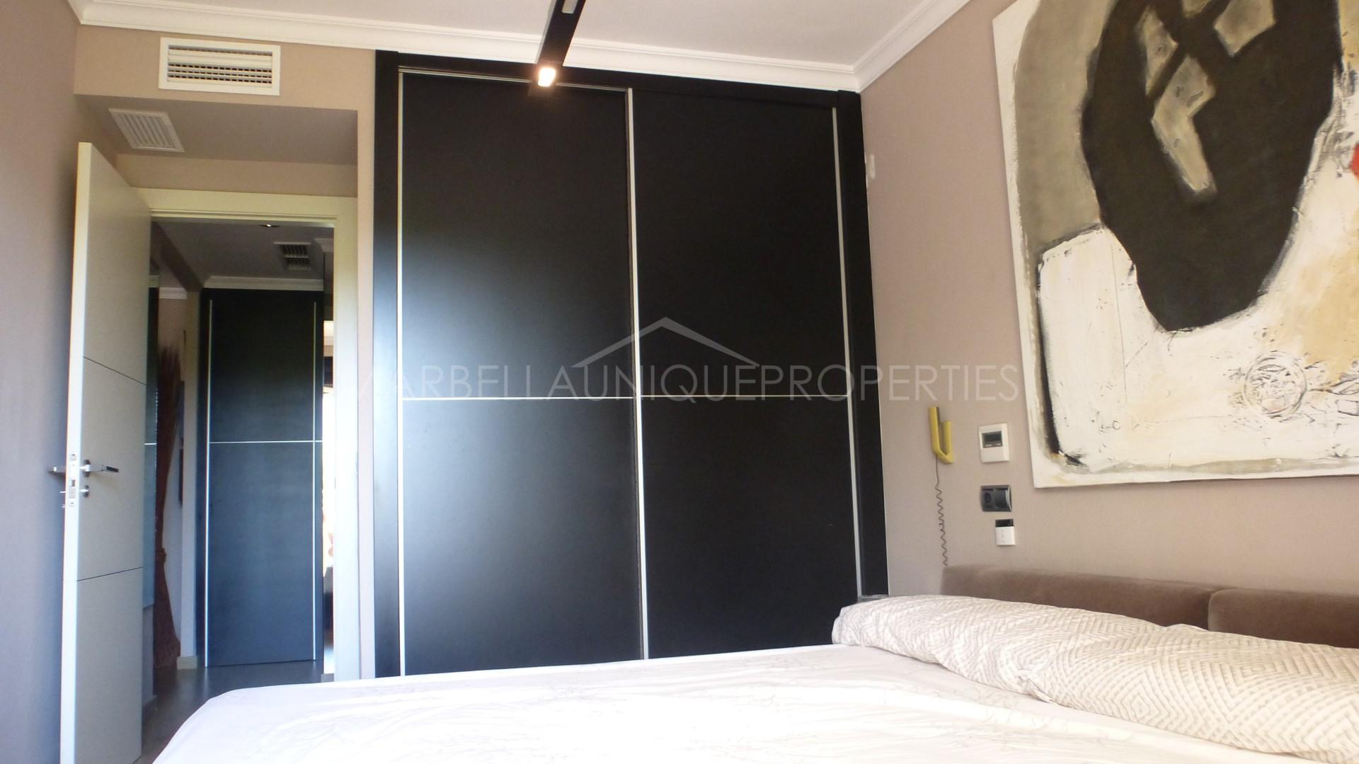 A unique 1 bedroom apartment in La Dama de Noche Nueva Andalucia
