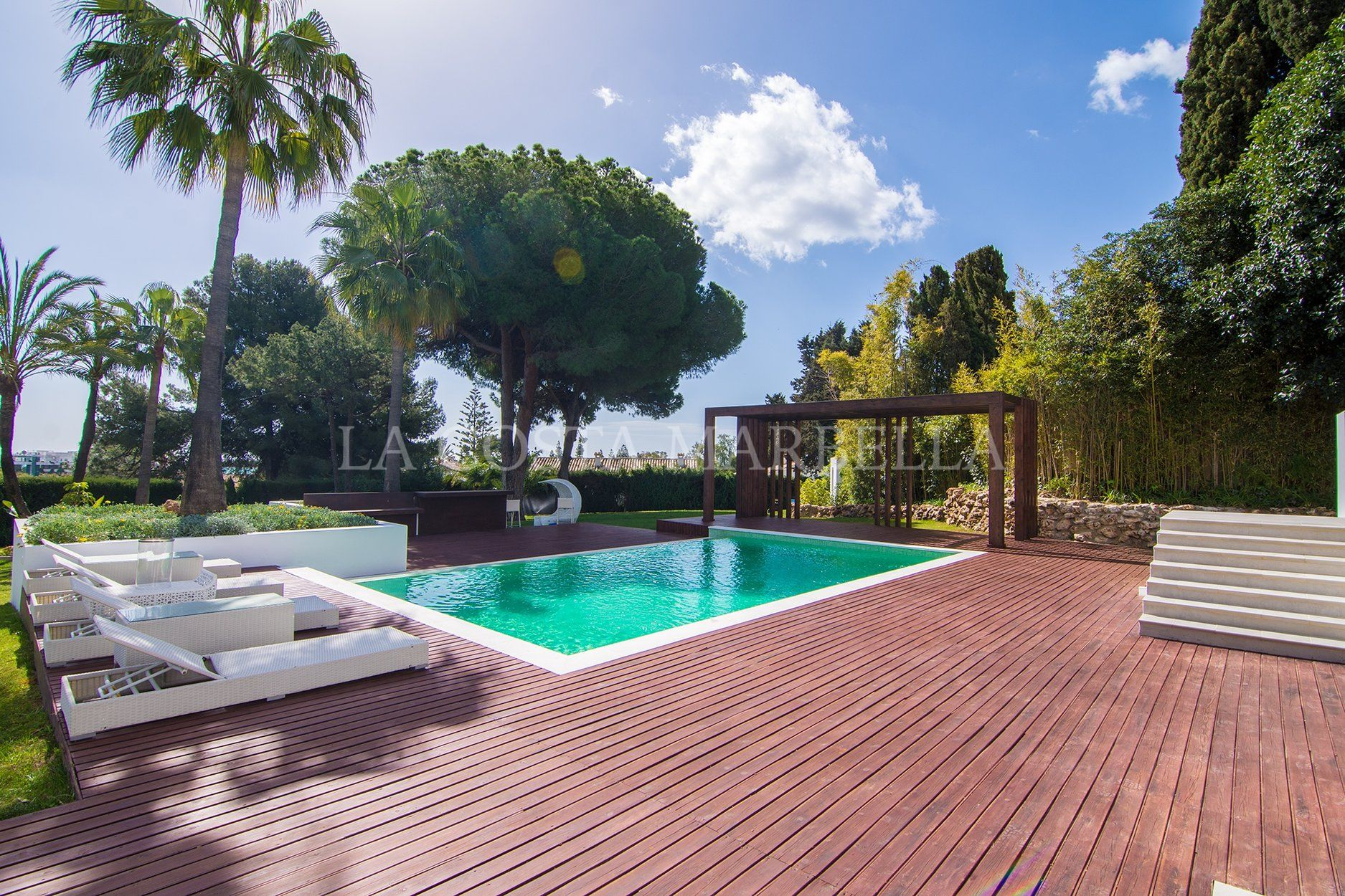 Villa for sale in Rio Verde, Marbella Golden Mile