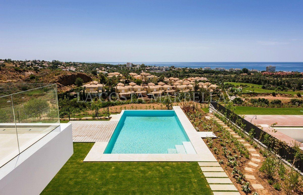 Villa for sale in Los Monteros, Marbella East