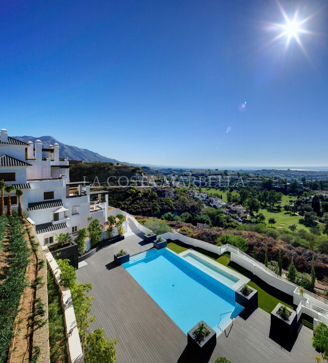 Apartment for sale in Valley Heights, Benahavis