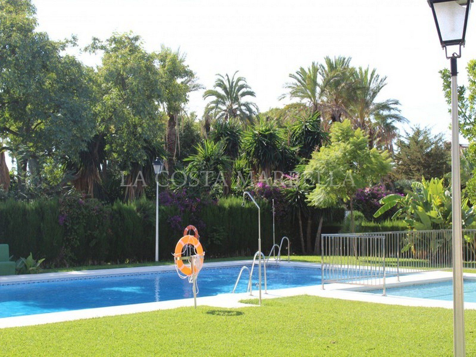 Town Housefor sale in