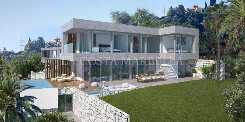 Villa for sale in El Rosario, Marbella East