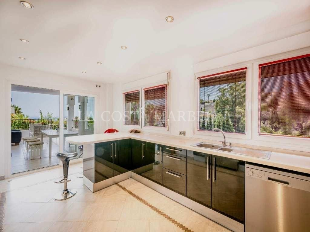 Villa for sale in Torrenueva, Mijas Costa